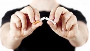 ترک سیگار در طب سنتی با داروی گیاهی آب قاشقی